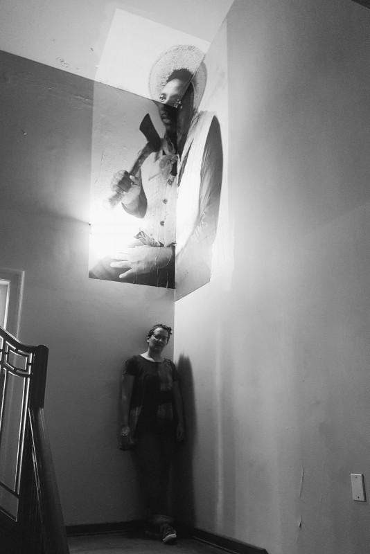 Anja Marais immigrant installation